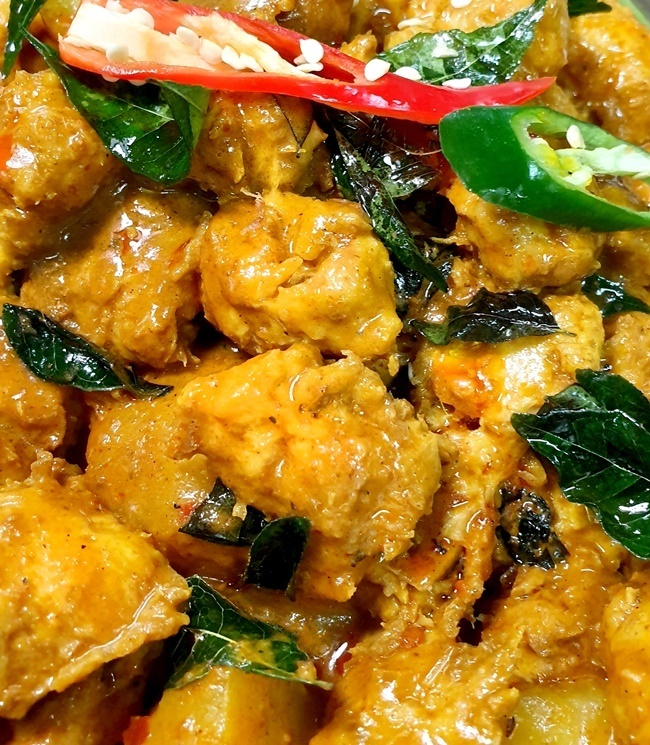 MM Signature Chicken Curry